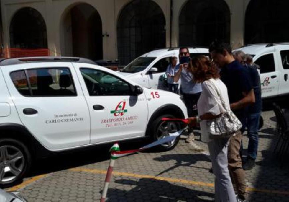 Anteas Asti in collaborazione con la Caritas distribuisce pacchi alimentari alle famiglie