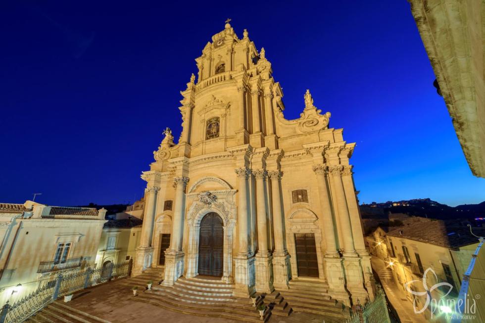 Identikit di AnteasRagusa, cosa è e cosa fa l'Anteas a Ragusa, la città di Montalbano