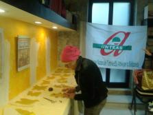 Le volontarie di Anteas Triggiano presentano le scarcelle, dolce pugliese della tradizione pasquale, da tramandare e condividere